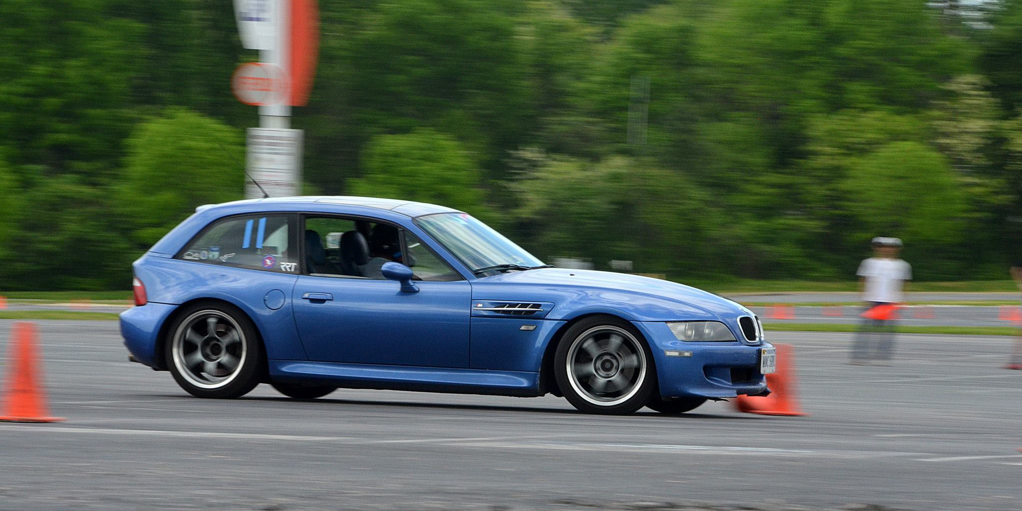 NCC Autocross - BMW Clownshoe